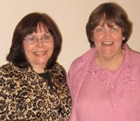 Carrie enjoyed meeting some new friends when she spoke at Hopewell United Methodist Church in October 2009.