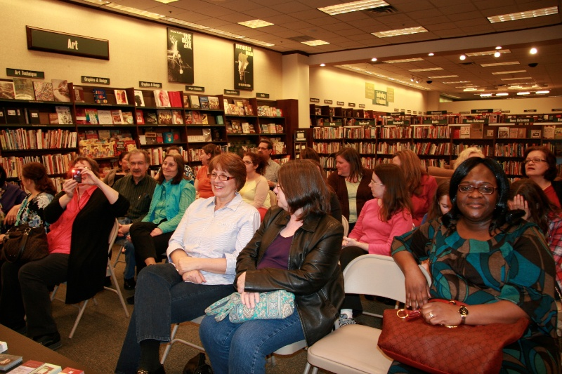 Booksigning friends 4